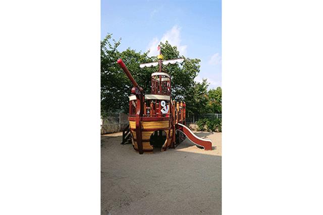 某保育園遊具設置