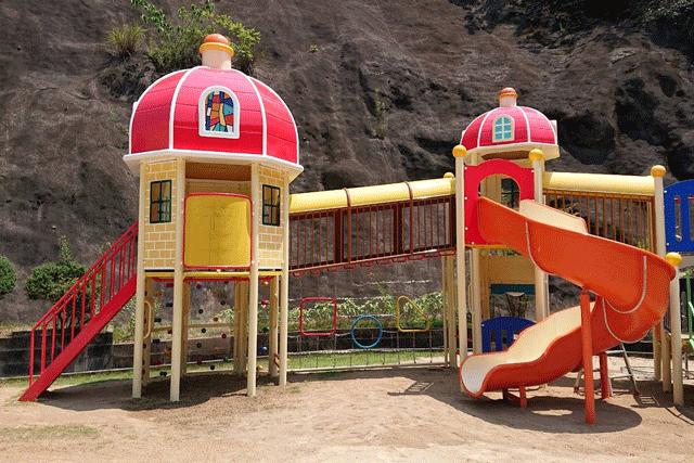 某幼稚園遊具設置